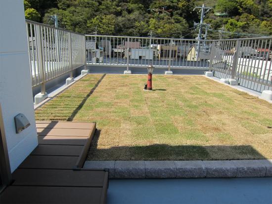 ⑨屋上庭園.jpg