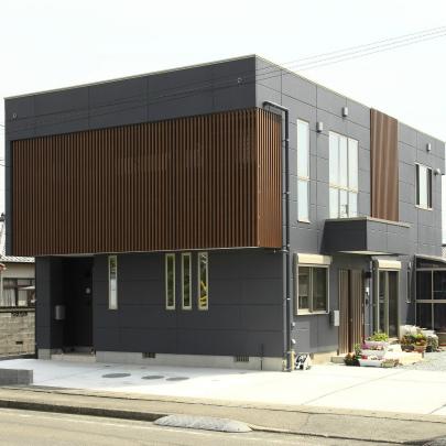 空と光を楽しむインナーテラスのある家 重量鉄骨2階建 静岡県島田市