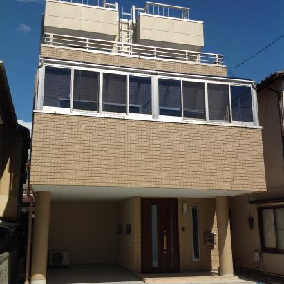 津波避難タワーのある重量鉄骨3階建 静岡県沼津市