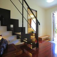 それぞれの家族の想いをかなえた・・・重量鉄骨2階建て2世帯住宅