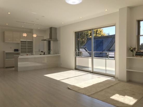 家族を守る!重量鉄骨の防災を考えた二世帯2階建ての住まい。静岡市清水区