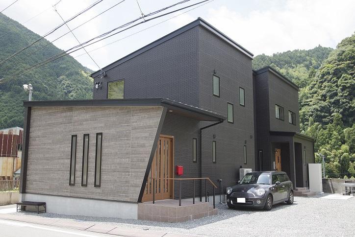 高気密・高断熱で造る1年中快適な住まい プライバシーに配慮した完全分離型二世帯住宅 静岡市清水区